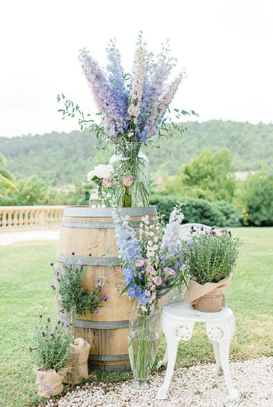 flowers for a backdrop or aisle decor