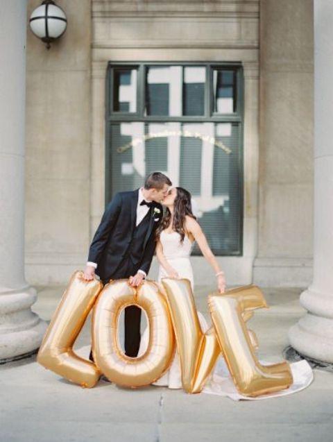 giant LOVE letter balloons for taking pics