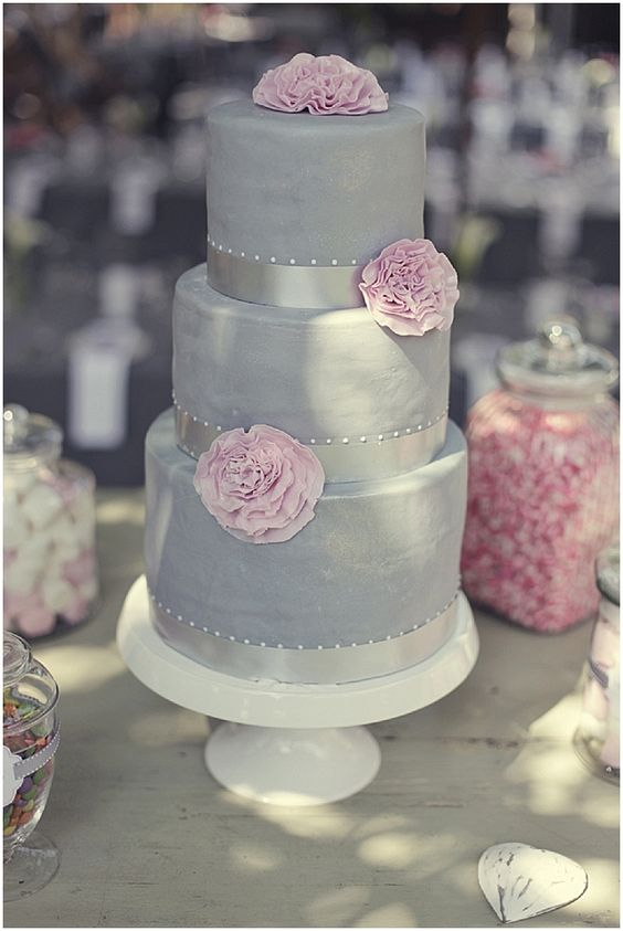 grey wedding cake with pink flowers