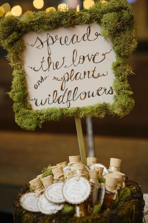 moss sign and wedding favors