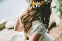 32 wildflower crowns look cool with lace wedidng dresses