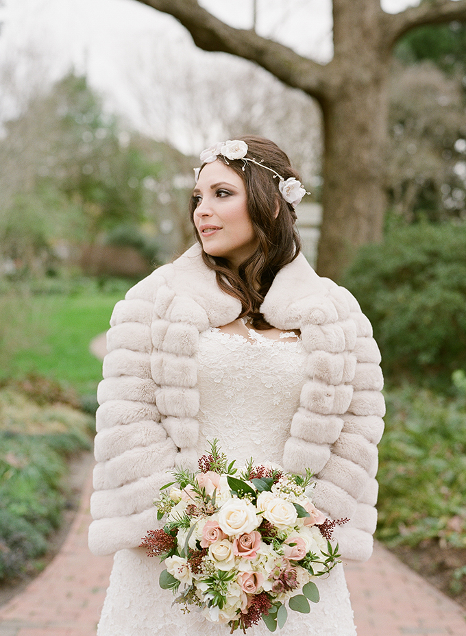 This romantic winter barn wedding took place on the 1st of January