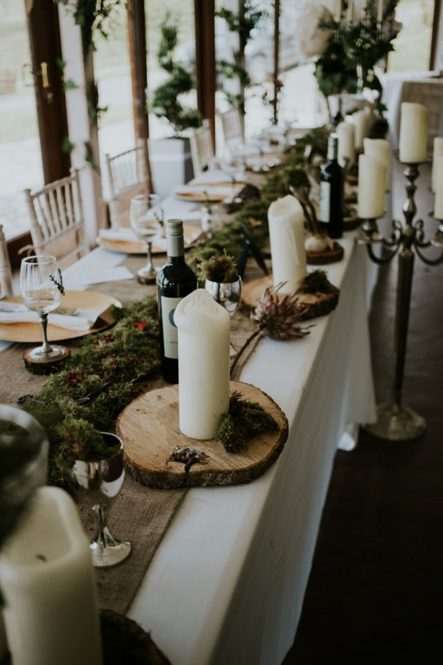 The tables were also decorated with wood slices, moss and candles, there was a lot of greenery