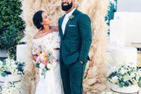 03 boho-styled pampas wedding backdrop