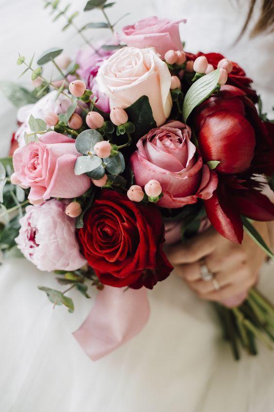 37 Lush Floral Wedding Ideas You'll Enjoy - Weddingomania