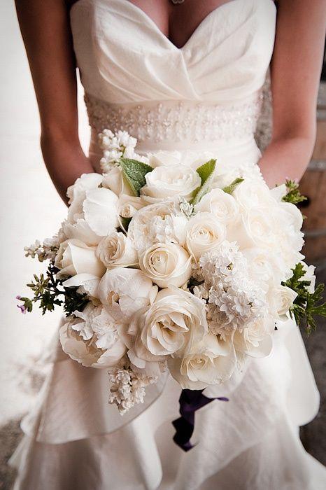 37 lush floral wedding ideas you ll enjoy weddingomania. Black Bedroom Furniture Sets. Home Design Ideas