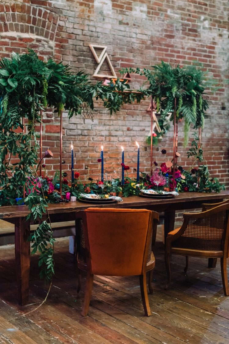 The reception is just adorable, it's industrial, boho and very colorful - those jewel tones just excite