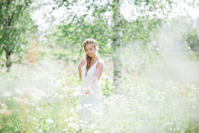 The surrounding nature became a perfect backdrop for the shoot
