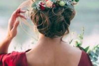 08 eucalyptus can be even inserted into your wedding hair