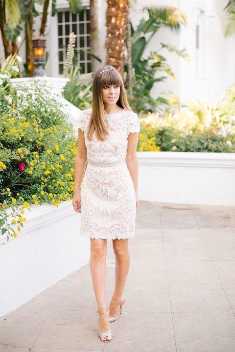 stylish white lace sheath mini dress with short sleeves