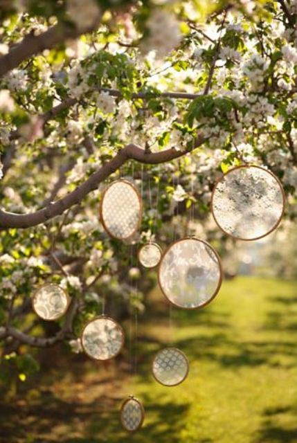 Cool ways to use hoops at your wedding weddingomania