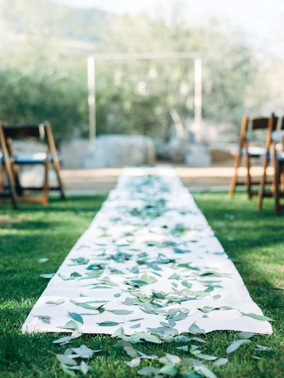 eucalyptus leaves for decorating the aisle runner