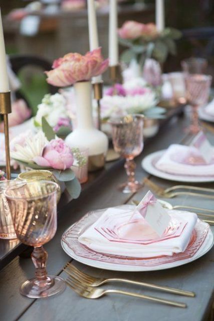 pretty pink and peach colored Valentine's Day table setting