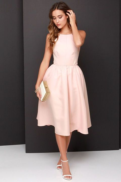 perfect plain blush midi dress, white heels and a clutch for an elegant and girlish look