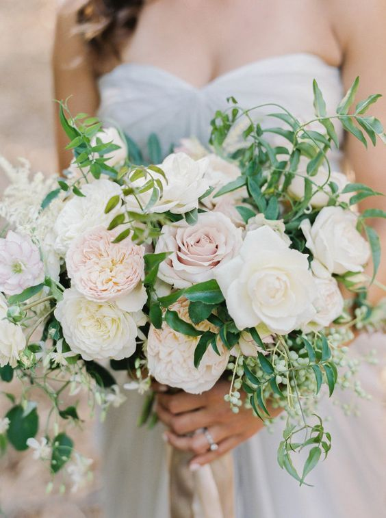 blush and cream wedidng bouquet with textural greenery