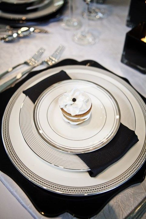 simple and elegant place setting in black, white and silver