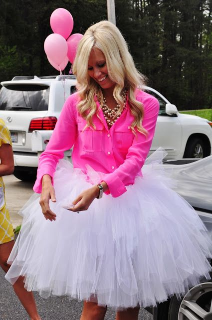 hot pink shirt and a tulle skirt is a perfect way to look girlish