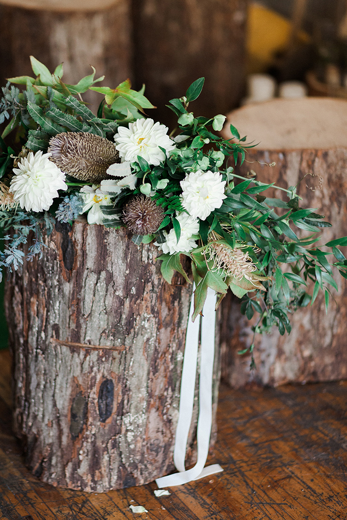 Real stumps were used for decorating the ceremony spot