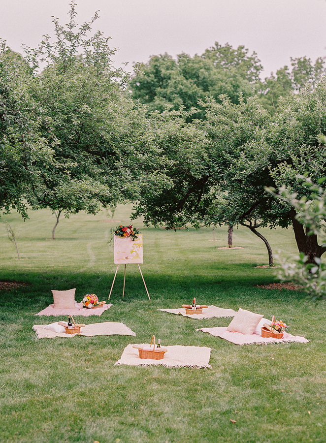 A picnic is a great idea for any outdoor wedding, it's informal and everyone will have fun
