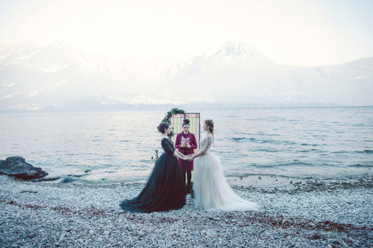 A glass door ceremony backdrop was taken from an Italian catchedal