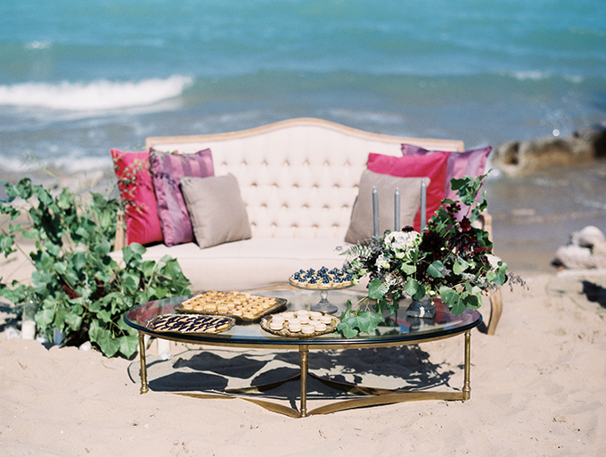 The lounge was decorated in blush, greys and shades of purple in front of the blue sea