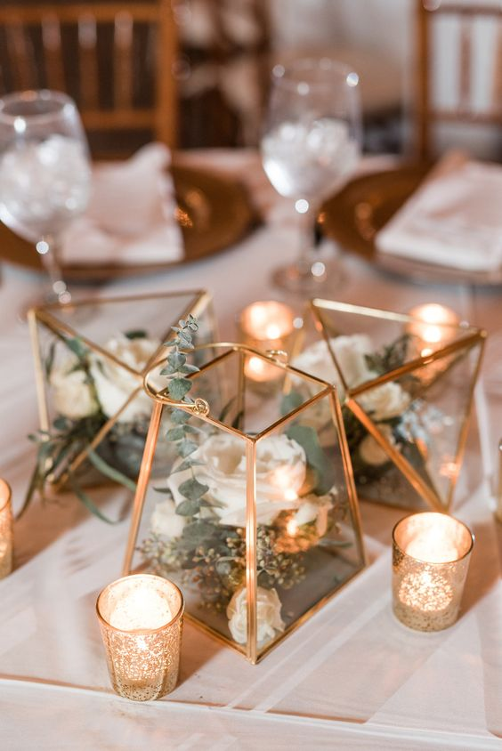 Trendy ways to incorporate terrariums into your wedding