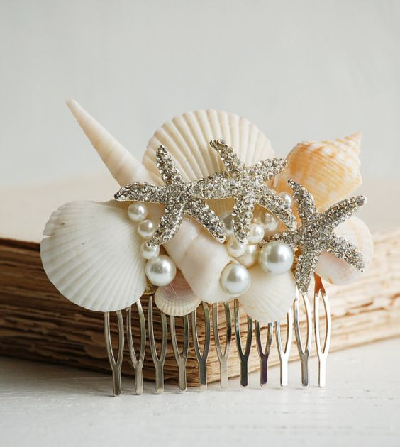 shells, pearls and rhinestone star fish hair comb