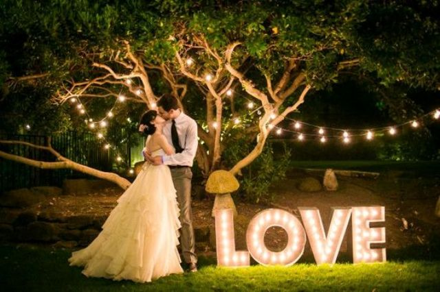 LOVE marquee letters for outdoor wedding decor and taking pics