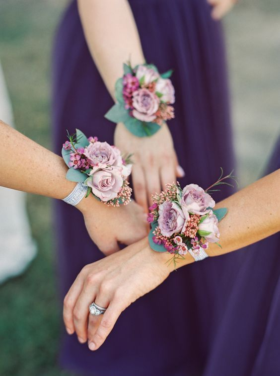 dusty rose corsages for the gals