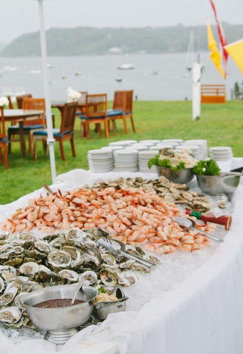 23 outdoor seafood bar idea