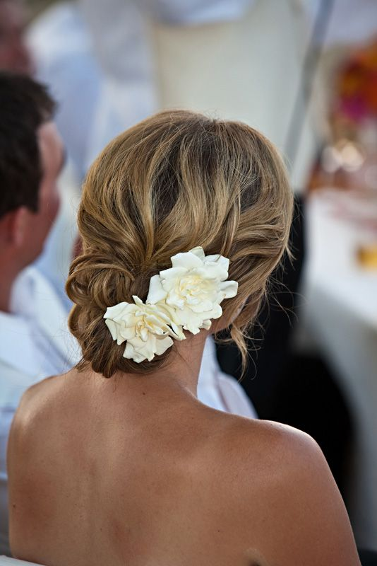 elegant curly up with with white gardenia flowers