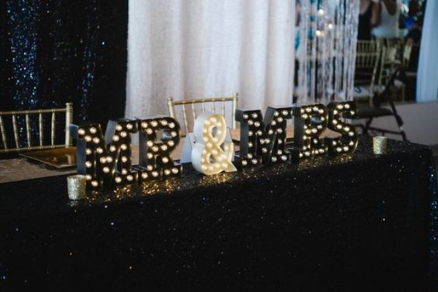 black and white marquee letters for decorating a sweetheart table