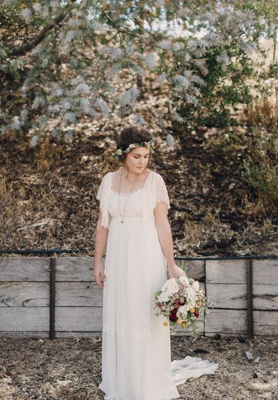 boho vintage scoop neckline crochet lace wedding dress with a small train