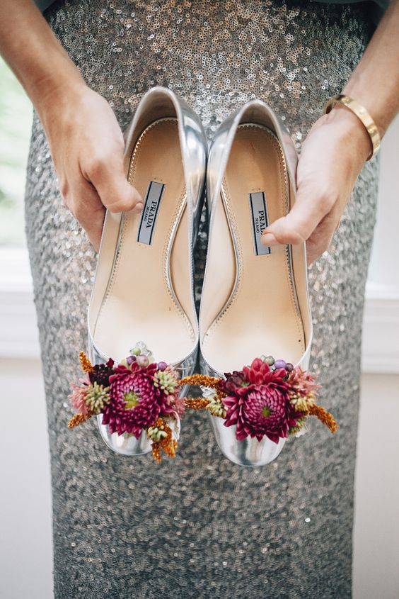 floral decor for the shoes will make them special