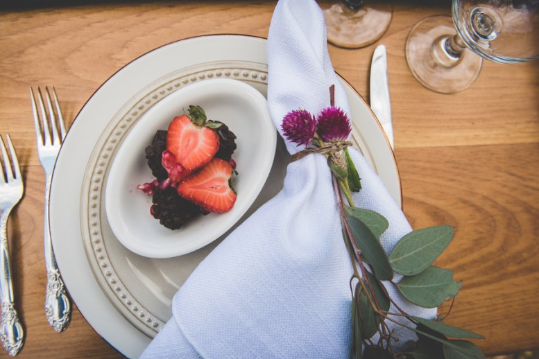 Look at these bold flowers and berries, these are harvest inspired details