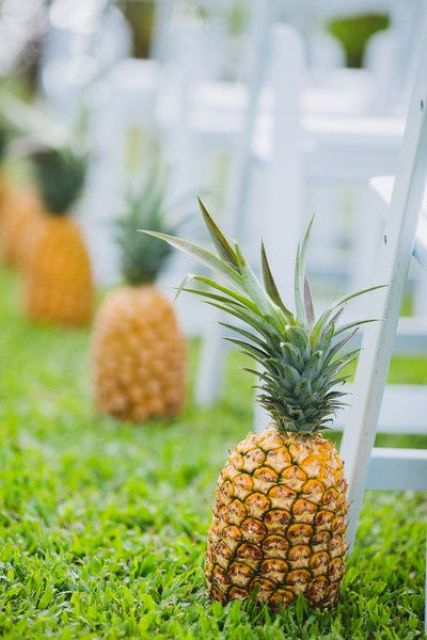 pineapple wedding ceremony aisle markers