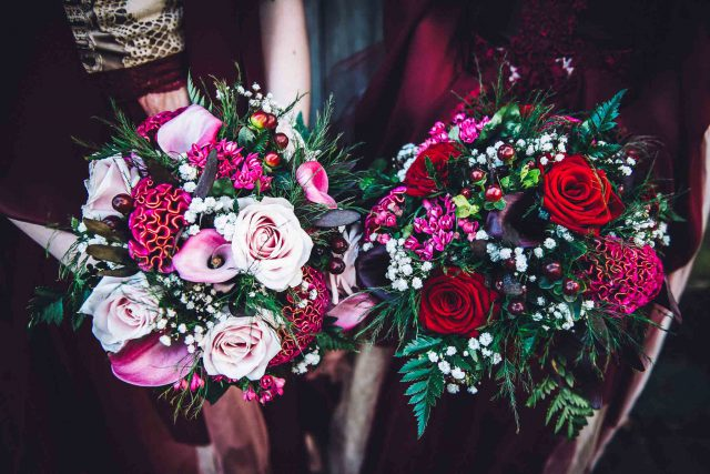 Their bouquets were also matching, bold, eye-catchy and with textural leaves and greenery