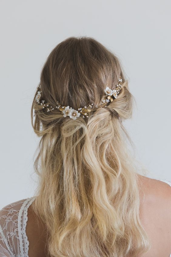 gold and ivory subtle hair vine on a half up half down hairstyle