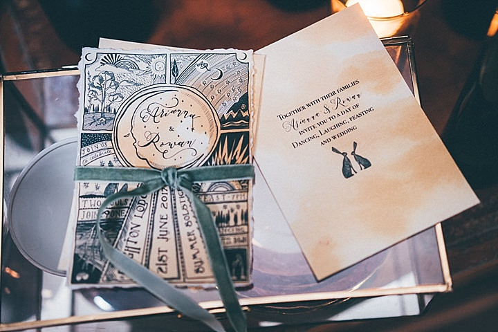 The shoot was inspired by tarot and mystic practics, so cards were included into decor