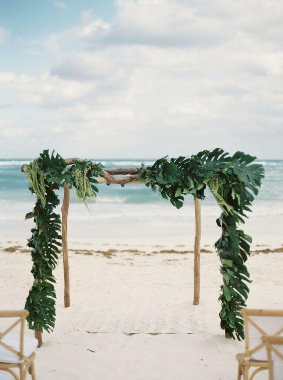 Palm Leaf Wedding Plates