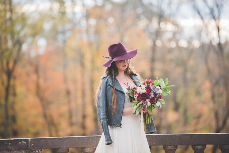 A bold autumnal bouquet is right what you need for a fall wedding