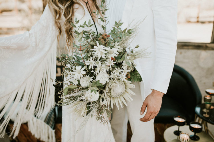 This bouquet seems to be whitewashed, looks so cool and textural