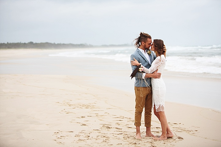 What can be better than having a relaxed wedding on the beach, or elope   just you two