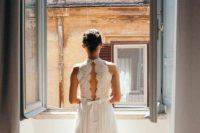12 such a cool photo of the bride by the window with some Rome sites is a must