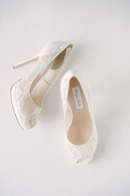 white lace peep toe wedding shoes look very elegant