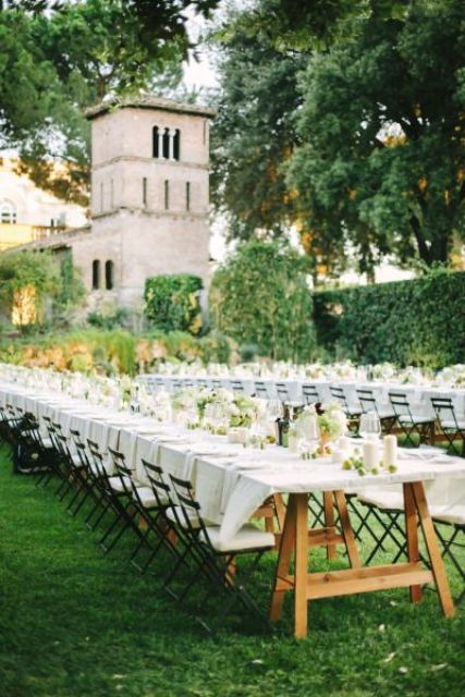 al fresco tables and delicate colors for decor represent Italy the best way possible