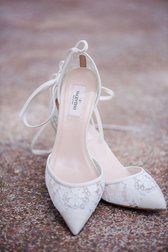 30 chic lace wedding shoes ideas to swoon over   weddingomania