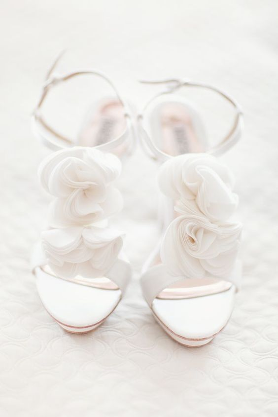 Picture Of All White Heeled Sandals With Akle Straps And Fabric Flowers