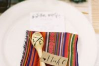 21 maracas and traditional textiles for the wedding tables