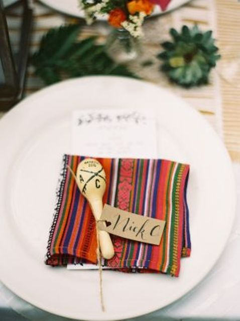 maracas and traditional textiles for the wedding tables